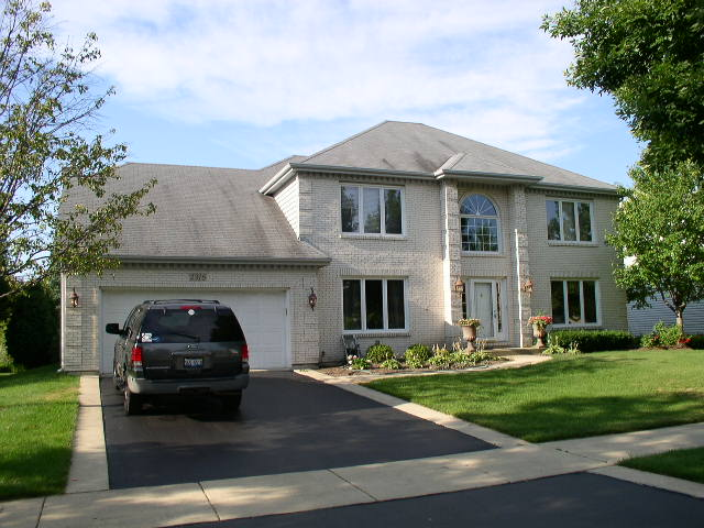 Certified Roof Cleaning in Wheaton, IL
